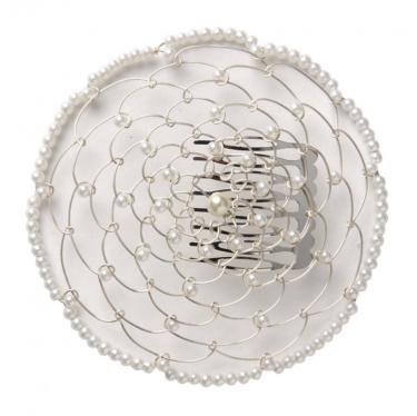 Elegant Woman's Beaded Wire Kippah in White Flower Design