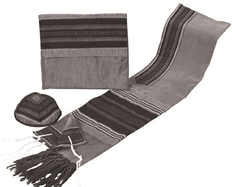 how to put on a tallit